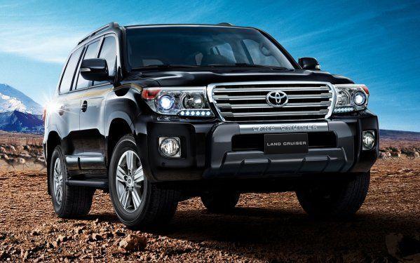 Toyota Land Cruiser 200 или Sequoia: Главные отличия японских «самураев»