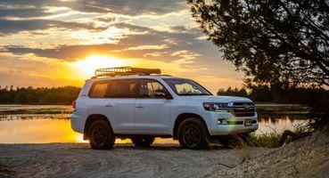Первый тест-драйв Toyota Land Cruiser Heritage Edition провели эксперты