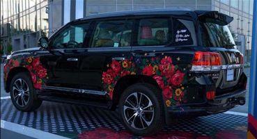 Toyota сошла сума: ВОАЭ представлена «колхозная» спецверсия Land Cruiser Prado