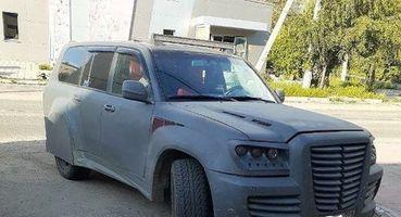 «Председатель колхоза подъехал»: Забайкальский тюнинг Toyota LC 100 показали в Сети