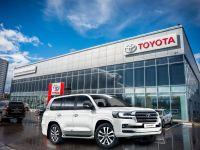 За«Крузак»— 2,5млн переплаты: Дилеры наживаются на последних Toyota Land Cruiser 200