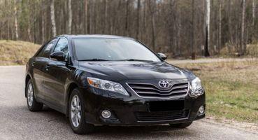 Авто-проктолог— глупость: Проверяем масложор Toyota Camry спомощью выхлопной трубы