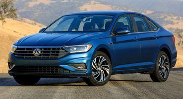 Volkswagen Jetta vs KIA Cerato: Нетипичный VW и привычного «корейца» сравнил эксперт